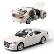 Машинка коллекционная ТК Union Group Toyota Crown металлическая моделька игрушка 1:24 Белый (4271671)